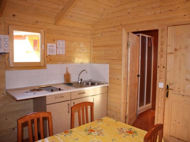 Pack lujosas casas madera ofertas nochevieja en peiscola for Casas de madera ofertas liquidacion